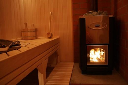 На фото показана финская печь Kastor