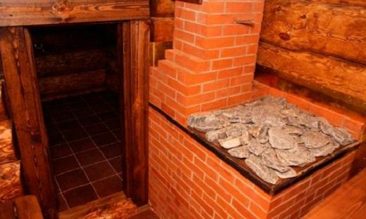 На фото печь каменка для русской бани