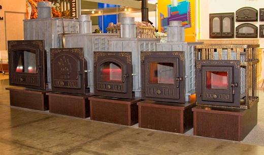 На снимке представлены виды печей для бани фирмы Гефест