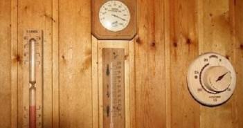 На снимке термометр в бане