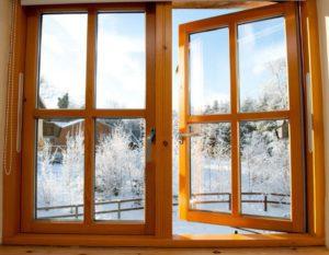 Как выбрать деревянные окна со стеклопакетами?